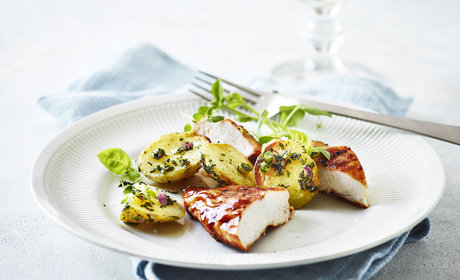 3_BBQ_Chicken_with_Italian_inspired_herb_potatoes_2